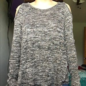 Black and white cold shoulder long sleeve